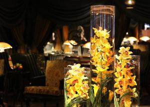 مطعم أو مكان آخر لتناول الطعام في فندق الشهداء