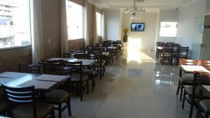 A restaurant or other place to eat at Hotel Nova Jerusalem