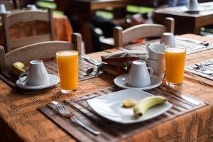 Breakfast options available to guests at Wasai Puerto Maldonado Hostel