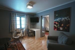 A seating area at Kroderen Kro & motel