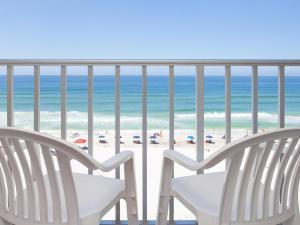 A balcony or terrace at Beachside Resort Panama City Beach