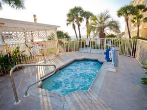 The swimming pool at or near Beachside Resort Panama City Beach