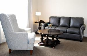A seating area at Hotel Bentley