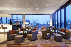 The lounge or bar area at LÉGÈRE HOTEL Luxembourg