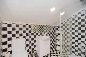 Un baño de Lisbon Belém Guesthouse