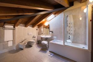 Bagno di Hotel Villa Dei Carpini