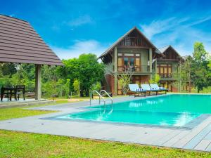The swimming pool at or near Roo Mansala Boutique Villas