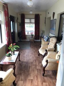 A seating area at Ard Eoinin Spiddal B&B