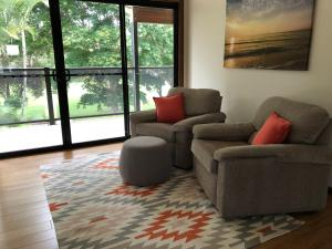 A seating area at Miami Tranquility