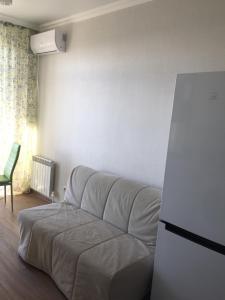 Гостиная зона в Apartment on Halturina 11