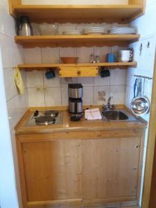 Küche/Küchenzeile in der Unterkunft Gästehaus Almbrünnerl