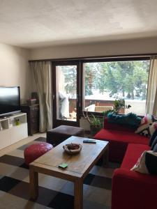 A seating area at Jasmin Davos