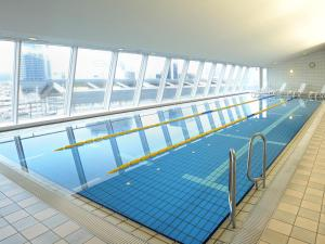 The swimming pool at or close to Hotel Granvia Okayama