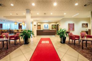 Lobby/Rezeption in der Unterkunft Leonardo Hotel Dresden Altstadt