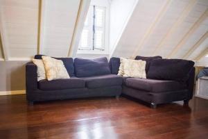 Uma área de estar em Apartment in Pietermaai
