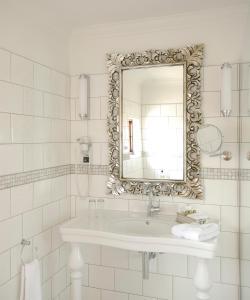 Hotel Heinitzburg tesisinde bir banyo