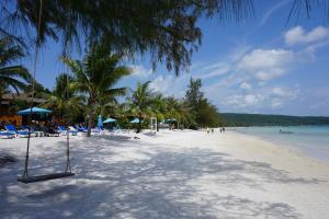Een strand bij of vlak bij het resort