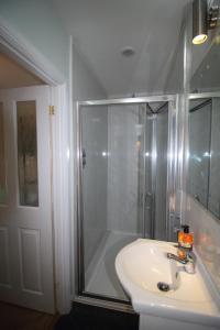 A bathroom at Bryncoch