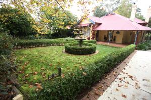 A garden outside Mountain Whispers Varenna Luxury