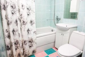 A bathroom at проспект Кузбасский 12А