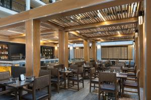 A restaurant or other place to eat at Embassy Suites Austin - Central