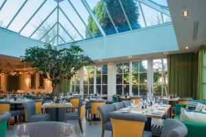 A restaurant or other place to eat at Alderley Edge Hotel