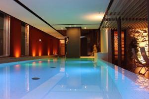 Bazén v ubytování Hotel Salinensee nebo v jeho okolí