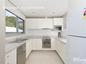 A kitchen or kitchenette at Stockton Street, Bayview Apartments, Unit 12, 42