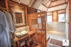 A bathroom at Apalagi Villas