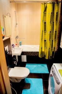 Ванная комната в Apartment on Chistopolskaya 60