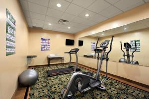 The fitness center and/or fitness facilities at Days Inn by Wyndham Brampton