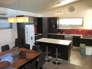 A kitchen or kitchenette at Gippsland 119A