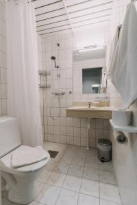 Vannituba majutusasutuses Centrum Hotel Viljandi