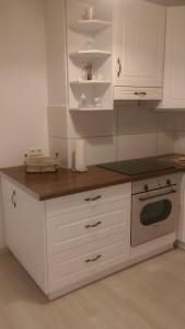 A kitchen or kitchenette at Romantic Style Apartment Berlin Mitte