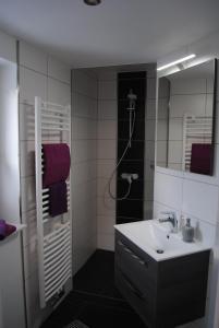 Ein Badezimmer in der Unterkunft Ferienhaus Johanna
