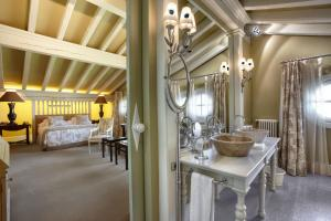 A bathroom at Hotel Iturregi