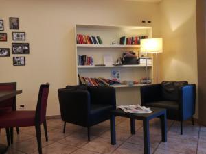 Biblioteca nell'hotel