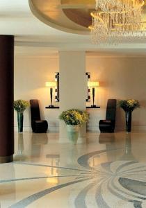 Ο χώρος του λόμπι ή της ρεσεψιόν στο Ξενοδοχείο Αμφιτρύων