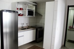 A kitchen or kitchenette at Beach Class Excelsior