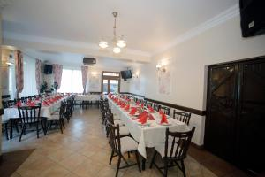 A restaurant or other place to eat at Guesthouse Magic