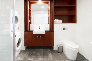 A bathroom at Abode Narrabundah