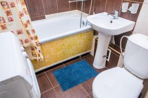 A bathroom at проспект Кузбасский 14