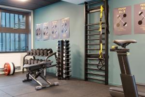 Das Fitnesscenter und/oder die Fitnesseinrichtungen in der Unterkunft Comfort Hotel Västerås