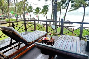 A balcony or terrace at Saigon Phu Quoc Resort & Spa