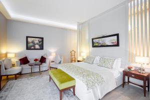 Cama ou camas em um quarto em QafqaZ Thermal & Spa Resort Hotel