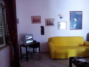 A seating area at Villetta al mare