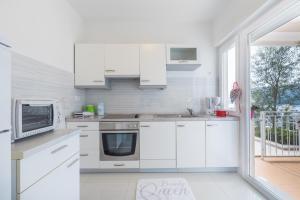 A kitchen or kitchenette at Allegro