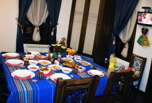 A restaurant or other place to eat at Golden Horn Guest House