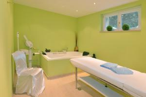 Spa and/or other wellness facilities at Phoenix Hotel Seeblick