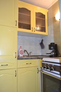 A kitchen or kitchenette at Nagytabán Vendégház